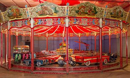 Wilhelm Hennecke carousel