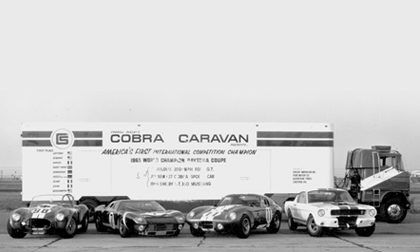 Cobra Caravan